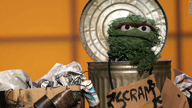 Oscar-the-Grouch-Scram